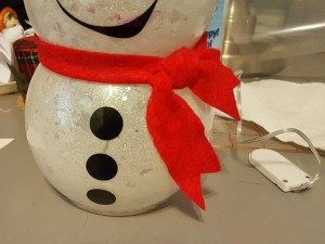 DIY glitter snowman with lights