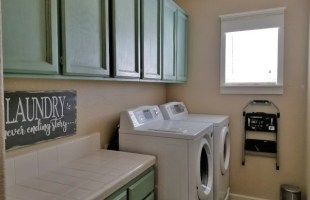 Painting Cabinets with Chalk Paint is So Easy & Cheap!!!