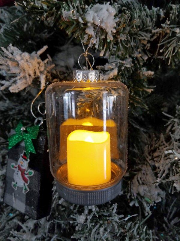 how to make glitter ornaments