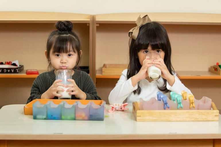 幼兒小孩喝鮮乳補充乳鐵蛋白、免疫球蛋白提升免疫力