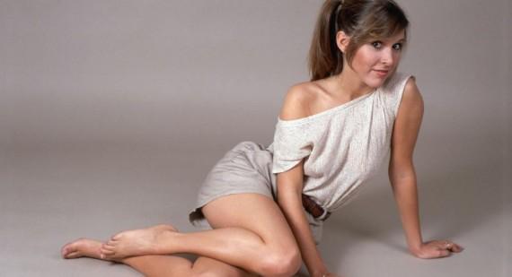 570_Carrie-Fisher-talks-getting-in-shape-for-Star-Wars--Episode-VII-return-4196