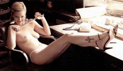 Drew-Barrymore-nudity
