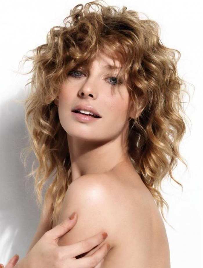 12 Medium Curly Haircuts  Learn Haircuts