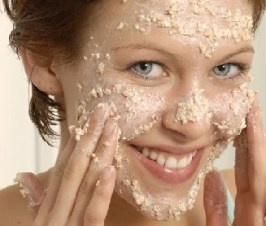 7-extremely-effective-homemade-face-scrubs-for-oily-skin