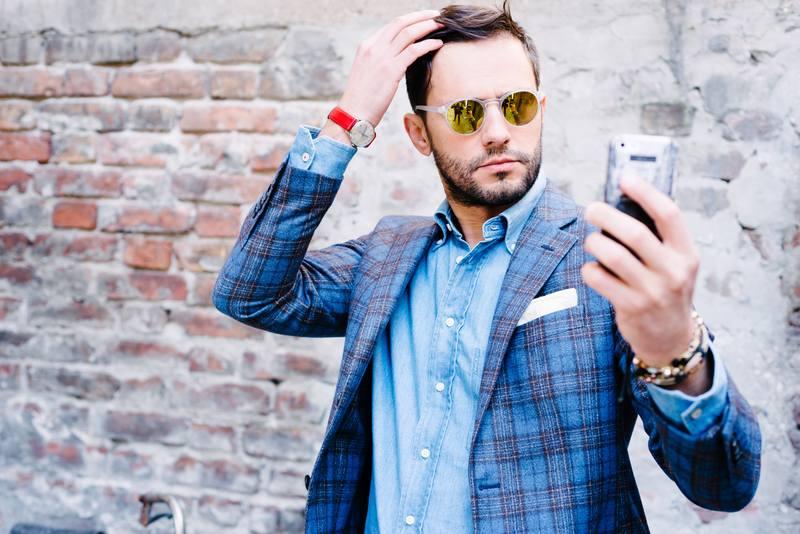 Men with selfie addiction