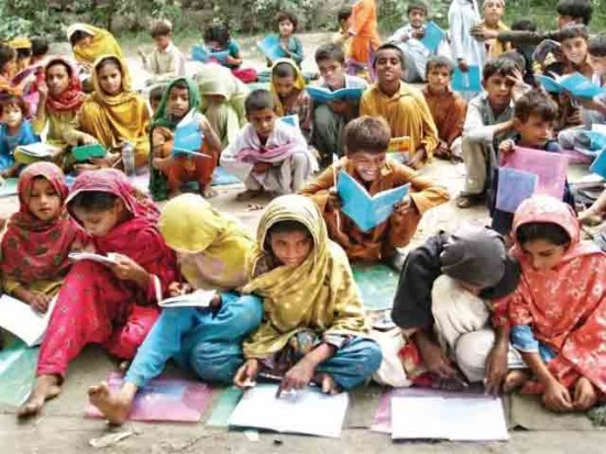 pef-education-Cholistani-teachers