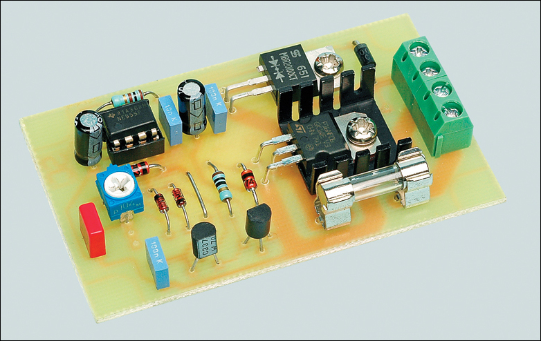 Dc Voltage Regulated 13v Low Current Electronic Projects Circuits