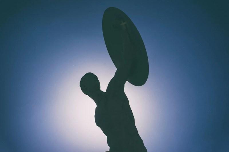 Bas, angle, vue, silhouette, statue, clair, ciel bleu