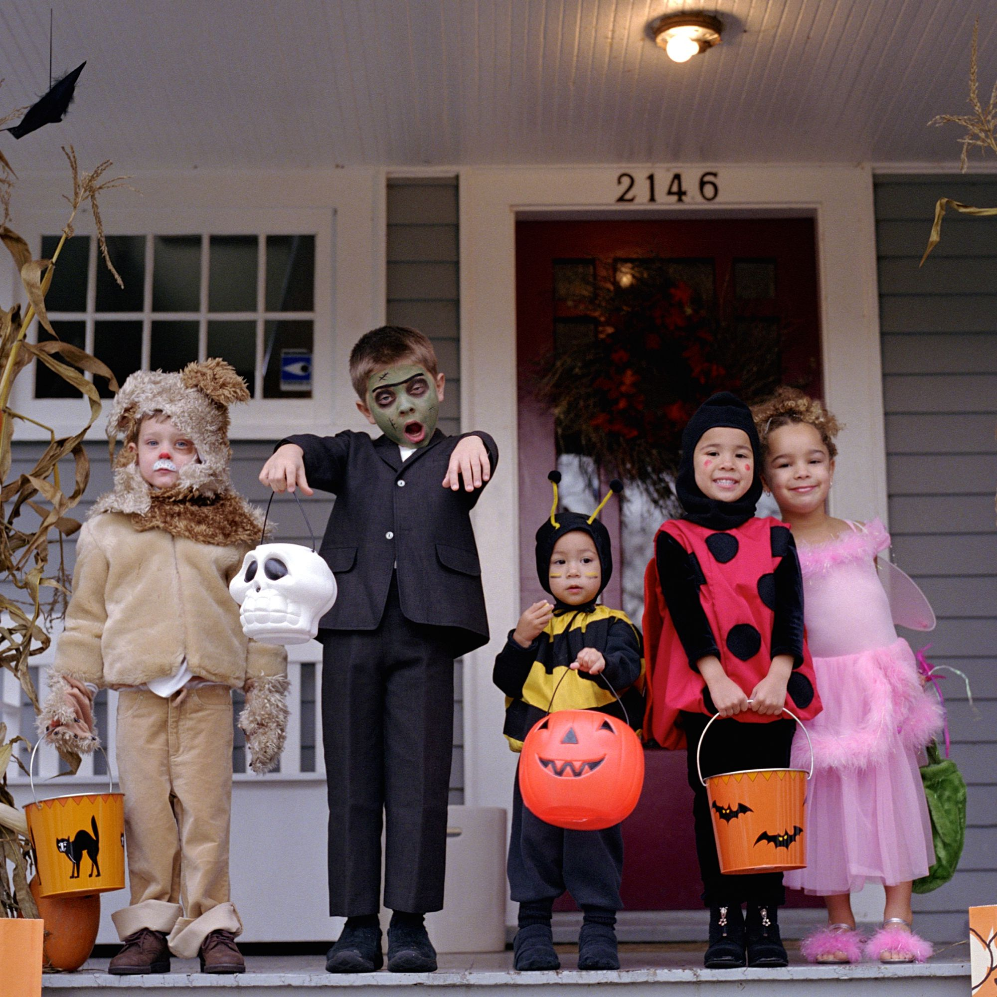 Listing of popular costumes for halloween. When Is Halloween In This And Other Years