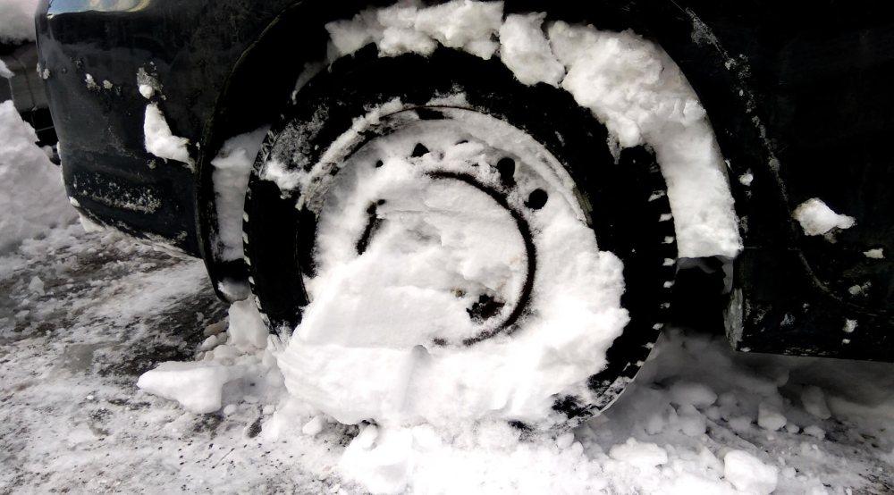 medium resolution of honda civic stuck in snow