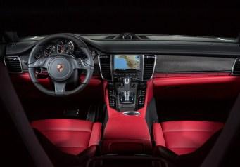 Porsche-Panamera-S-White-int2