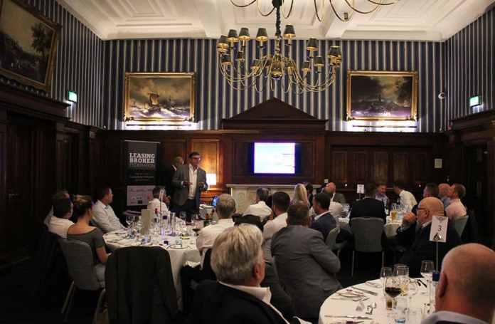 West-Oliver: support platform for brokers