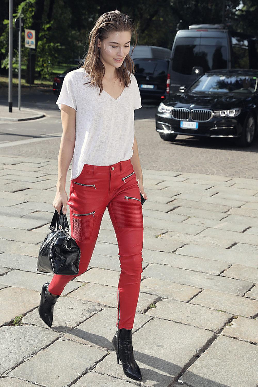 Grace Elizabeth Seen Arriving At Versace Spring Summer