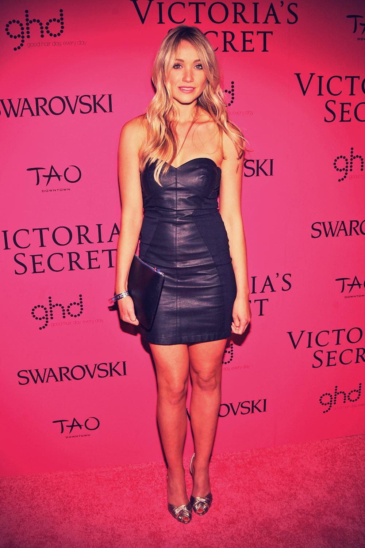 Katrina Bowden at 2013 Victorias Secret Fashion Show