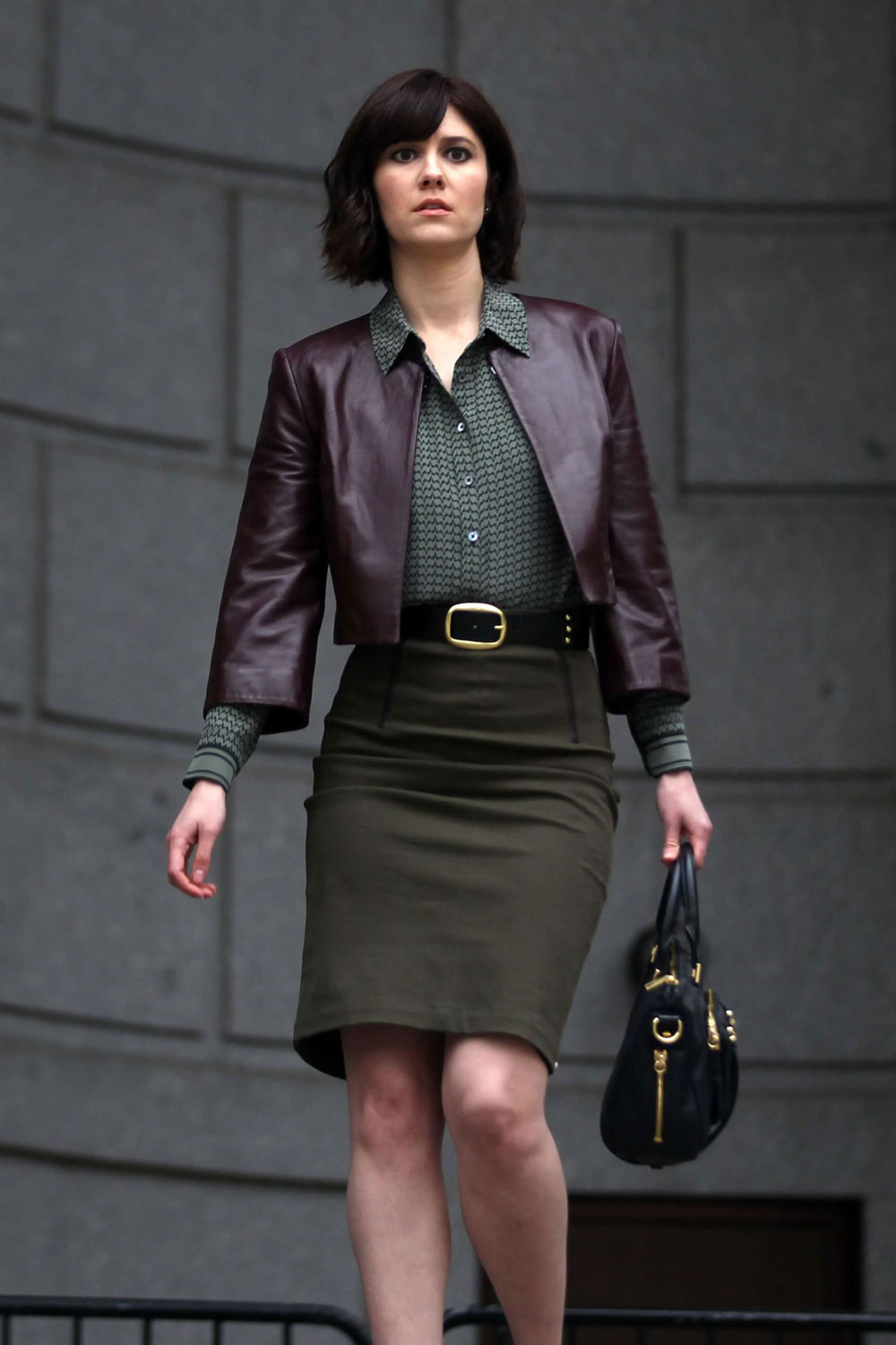 New Smart Girl Wallpaper Mary Elizabeth Winstead On The Set Of Braindead Leather