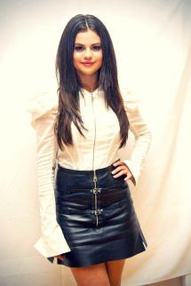 Selena Gomez Attends Hotel Transylvania 2 Press Conference