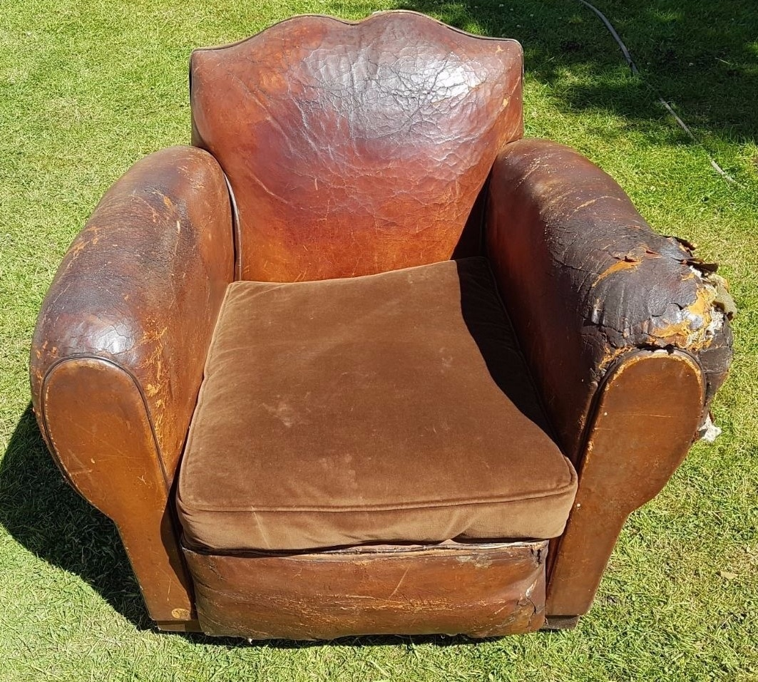 bespoke cigar sofa sofas and armchairs french moustache leather chair chaise francais en