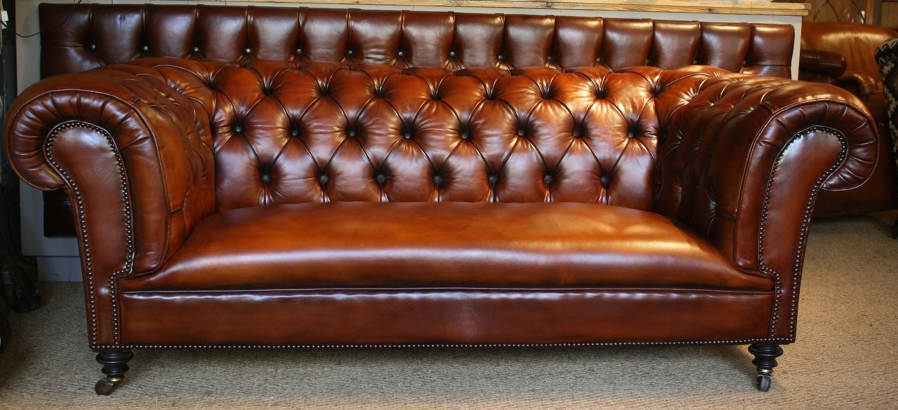 queen anne wingback chair leather x rocker storage ottoman sound english iconic chesterfield settee victorian sofa hand dyed ...