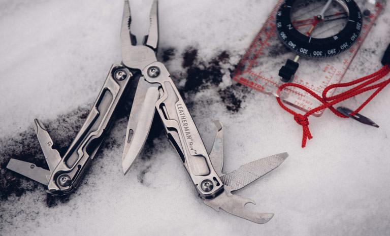 Leatherman rev multi-tool open, snow multi-tool