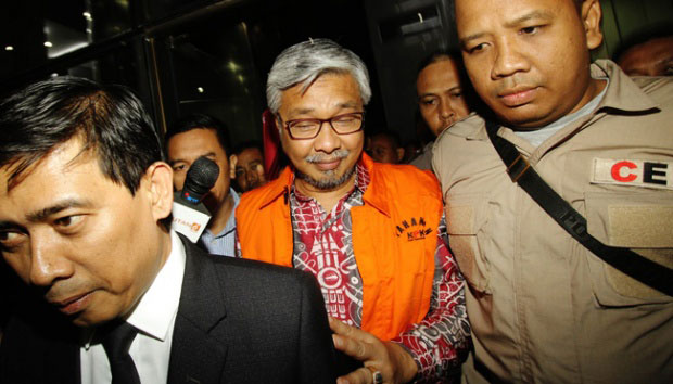 Nur Alam Gubernur Sultra Sulawesi Utara