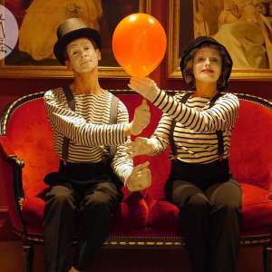 2016 animation Mime à la Carte artiste mime Philippe Pillavoine et Anna Moraschi à Paris pour Scarlett Entertainment
