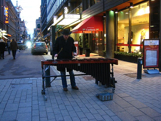 A marimba! This guy kept playing with instruments from his boombox and it sounded pretty good. But man I don't know how he did it, because it was freezing. Moscow has nothing on Finland right now.