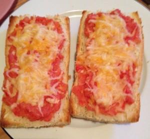 Tostado con Tomate y Queso