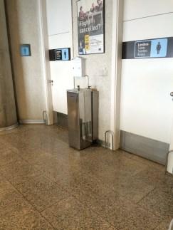 Trinkbrunnen am Gate am Flughafen Palma de Mallorca (Foto: Gendries)