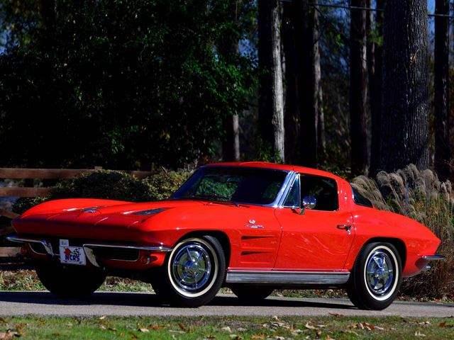 Chevrolet Corvette Z06 1963 : Une des 199 voitures produite en 1963