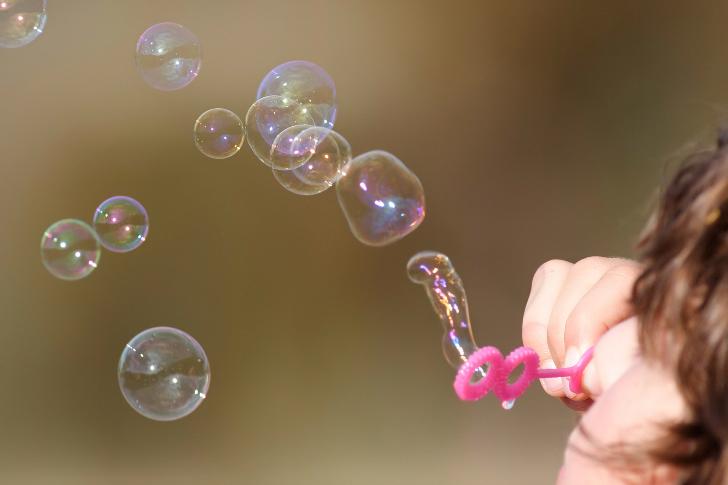 balon üfleyen çocuk kokoloji