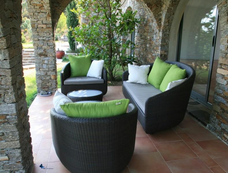 canape-exterieur-design-noir-MLC