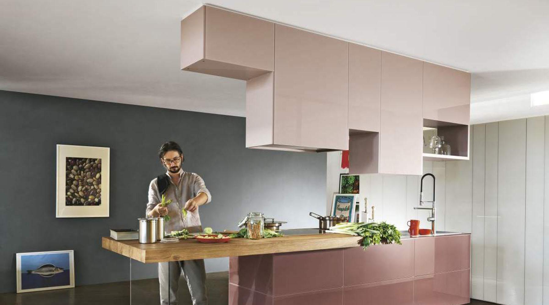 cuisine amenagee meuble haut suspendu
