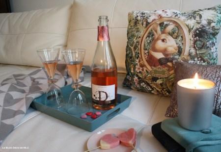 Saint-Valentin-déco-gourmande-pique-nique-canapé-2