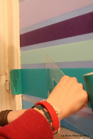 DIY-un-store-en-Masking-Tape-pour-une-fenêtre-déco-equerre