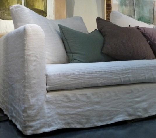 canapé blanc en lin - sélection - Le Blog déco de MLC