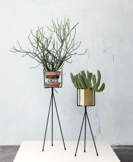 plante-verte-support-ferm-living