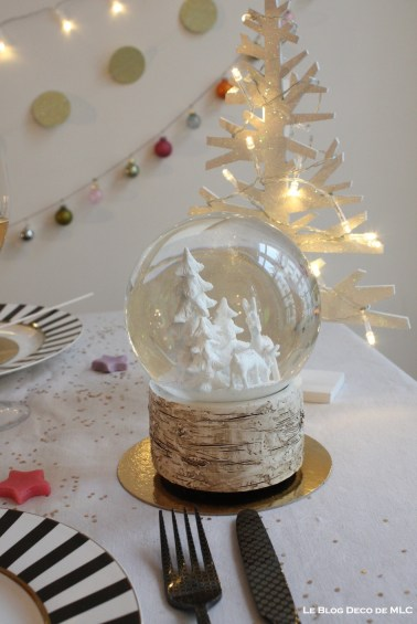 deco-table-de-noel-boule-a-neige-detail