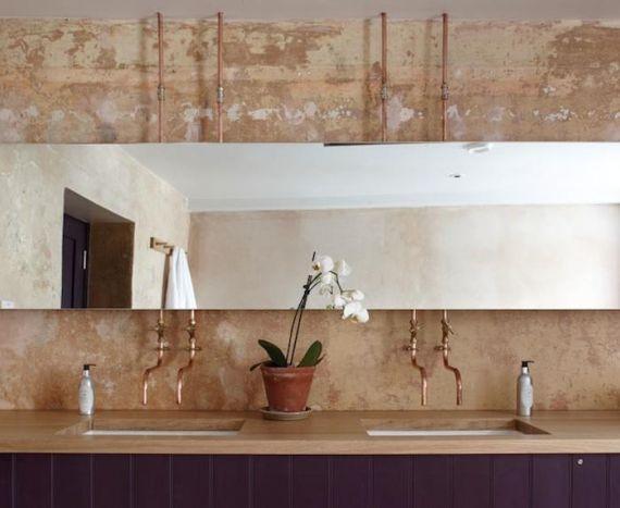 cuivre-tube-robinetterie-salle-de bain-deco-Archangel Hotel
