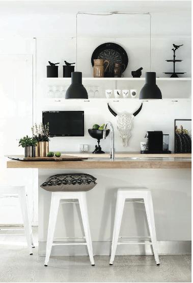 cuisine-ouverte-blanche-objet-curiosite