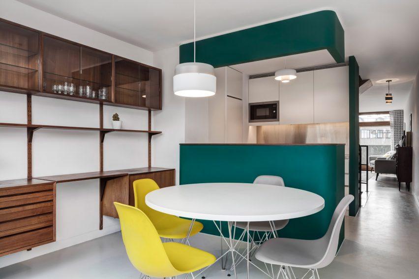 deco-appartement-moderne-et-design-barbican-estate-london-emulsion