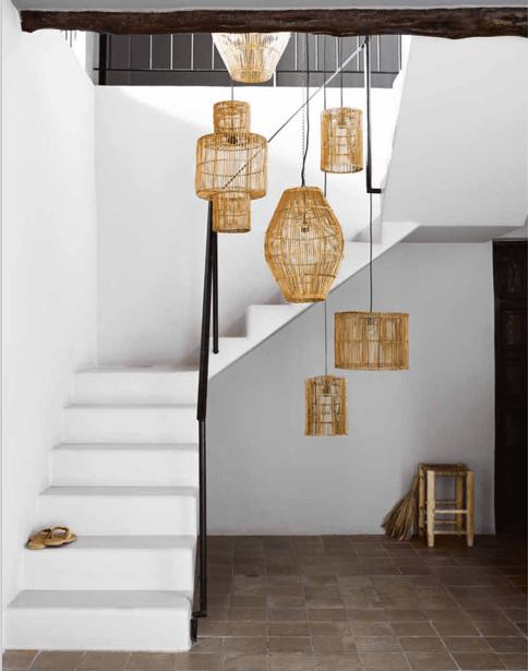 suspension-rotin-escalier-cascade
