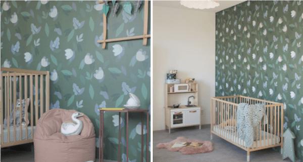 deco-chambre-enfant-vert-papier-peint-fleuri-okermint