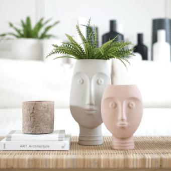 Grand vase visage blanc sculpture