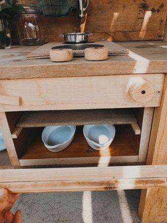 cuisine-enfant-en-bois-four