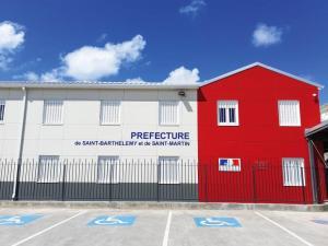 Préfecture de St Martin en bureau modulaires en kit Containers Solutions