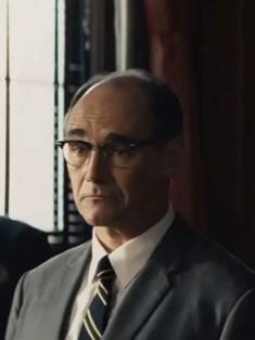 Mark Rylance dans Le Pont des Espions de Spielberg