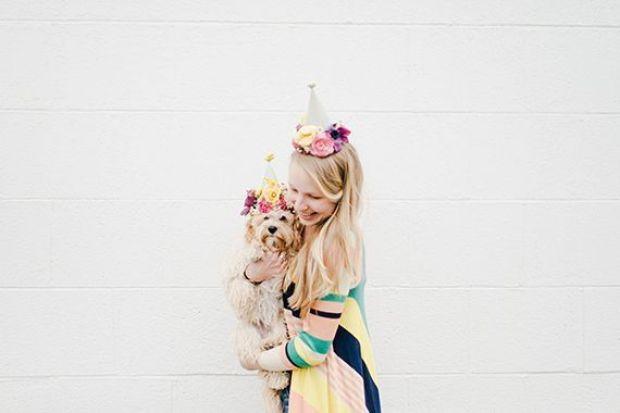 DIY-floral-party-hats-6