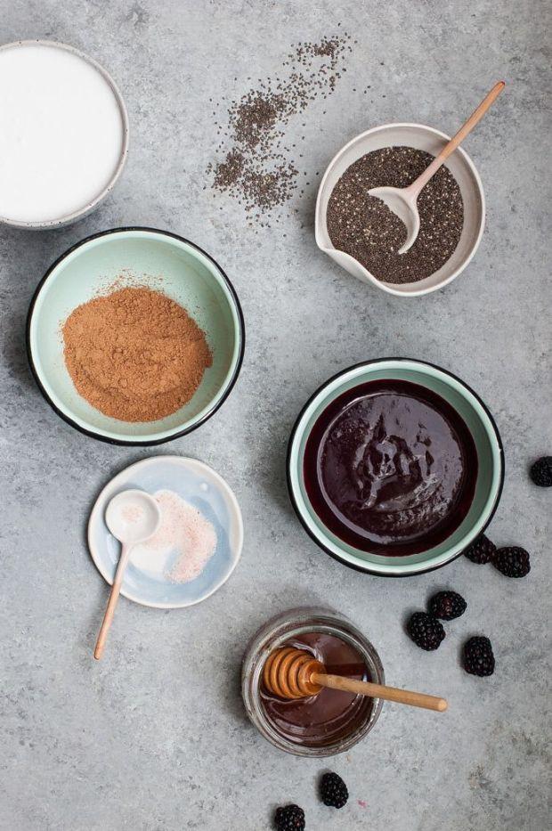 Chocolate-Berry-Chia-Pudding-Parfaits-1