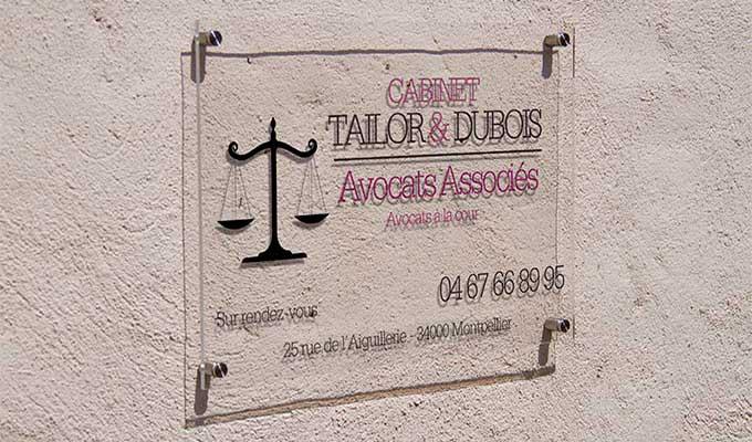 impression plexiglas panneau personnalise plaque plexi photo pmma