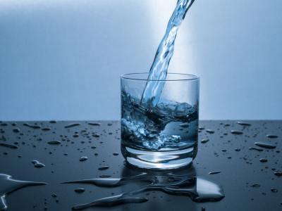 déchlorer l'eau du robinet
